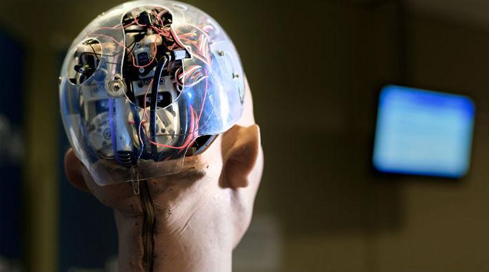 Yapay zekalı robot 24 çalışanı zehirledi