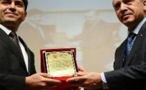 AKP'li vekil adayı gazeteciye 'fahişe' dedi!