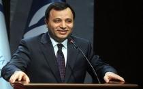 Yeni AYM başkanı Zühtü Arslan seçildi!