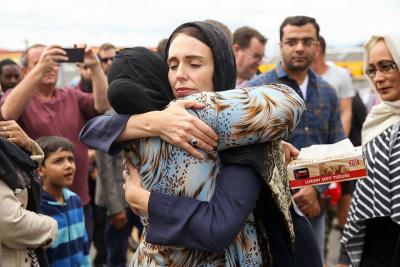 Yeni Zelanda Başbakanı Ardern'den Türk aileye başsağlığı mesajı