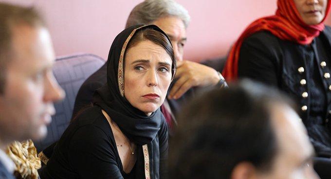 Yeni Zelanda Başbakanı Müslüman toplumunu ziyaret etti: Acıyı kalbimizde hissediyoruz