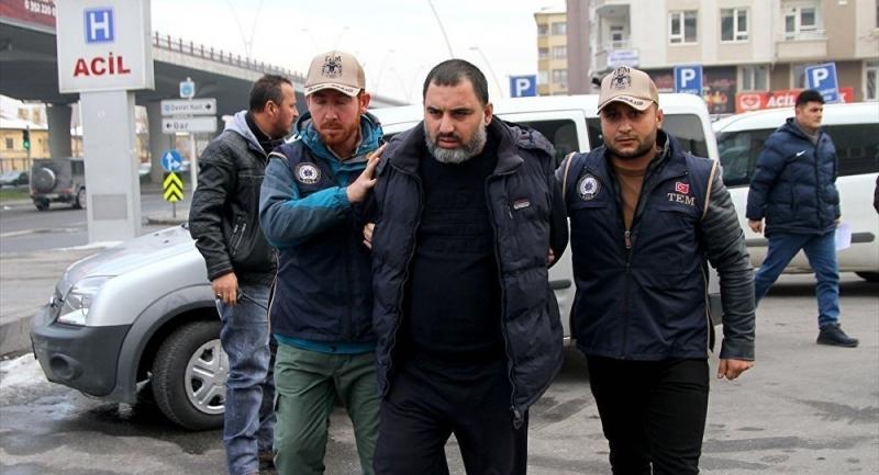 Yılbaşında saldırı planlayan 2 IŞİD'li yakalandı