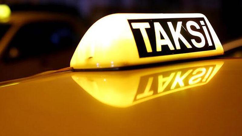 Yolcu taksi şoförünü bıçakladı