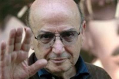 Yunan yönetmen Angelopulos'un evi ve belgeleri yandı