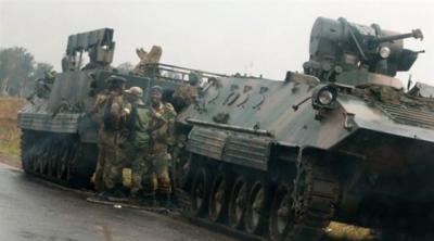 Zimbabve'de ordu Cumhurbaşkanını gözaltına aldı