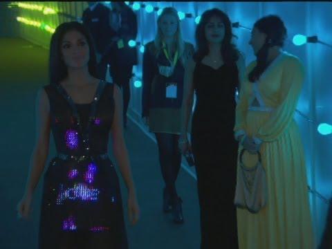 Nicole Scherzinger in first ever Twitter dress