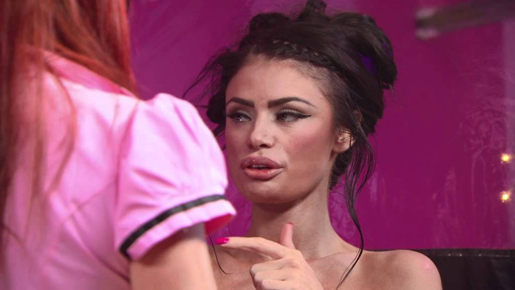 The Only Way Is Essex: Chloe Sims gets a spray tan