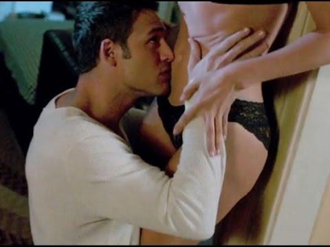 Jennifer Lopez Hot Scene 2015 - The Boy Next Door